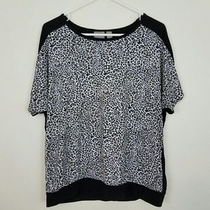 Chico's Leopard print short sleeve top Size 2